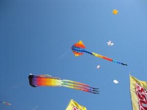 kites-344654_640