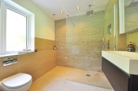 bathroom-1336165_960_720